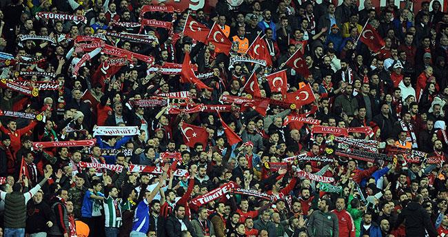 Konya'da oynanacak Fransa maçı kapalı gişe!
