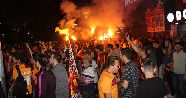 Konya'da Galasaray'ın şampiyonluk kutlamasında gerginlik