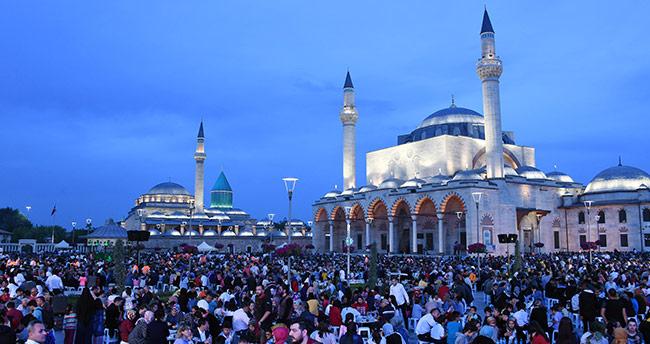 Konya'da yetimler Kardeşlik İftarında Buluştu