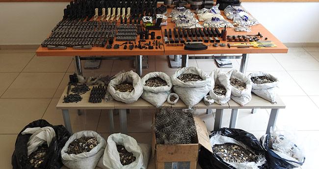 Konya'da kaçak silah ve sahte para operasyonu