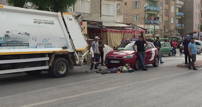 Karaman'da otomobilin çarptığı çöp kamyonundaki temizlik işçisi yaralandı
