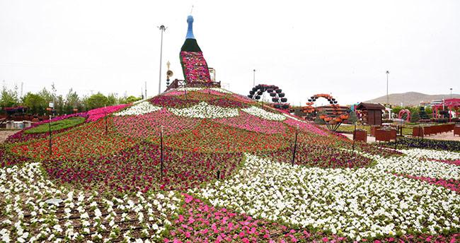 Konya'nın en renkli bahçesi bayramda kapılarını açıyor