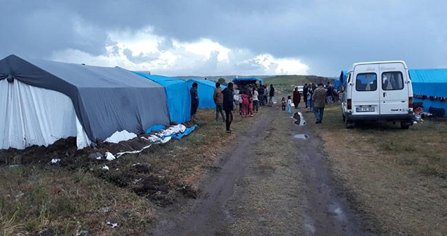 Seydişehir Belediyesinden dolu yağışından etkilenen tarım işçilerine yardım