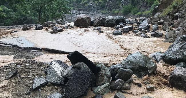 Araklı'daki selde 3 kişi yaşamını yitirdi 7 kişi kayıp