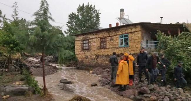 Konya'da dağda mahsur kalan çobanı AFAD kurtardı