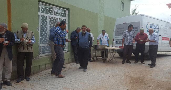 Ribat Aşevi, Çomaklar Mahallesine yardım elini uzattı