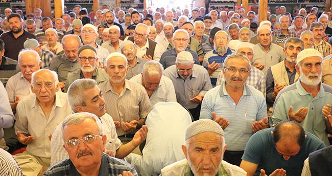 Diyanet İşleri Başkanı Konya'da cuma namazını kıldırdı