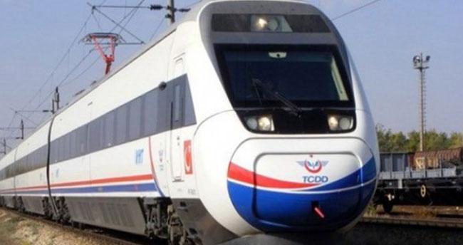 Konya-İzmir seferini yapan yolcu treni seferi tamamlayamadı