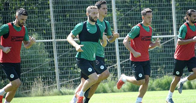 Konyaspor'un Bolu kampında sabah antrenmanı