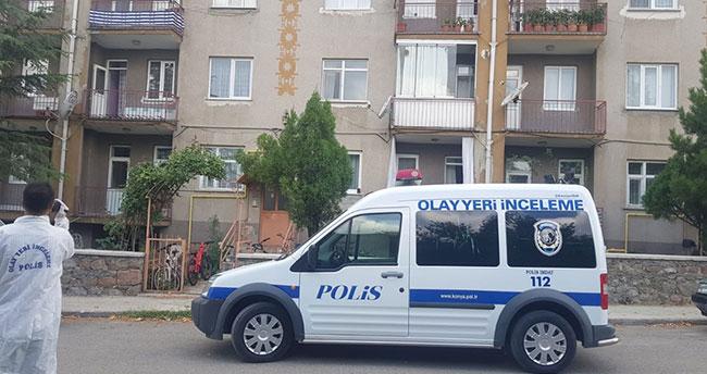 Konya'da bir kişi anahtarını unuttuğu evine tırmanmak isterken ikinci kattan düştü