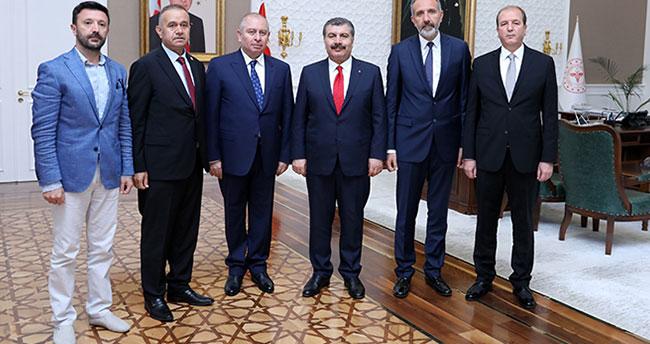 Konyaspor Başkanı Kulluk ve yöneticilerden Sağlık Bakanı Koca'ya ziyaret