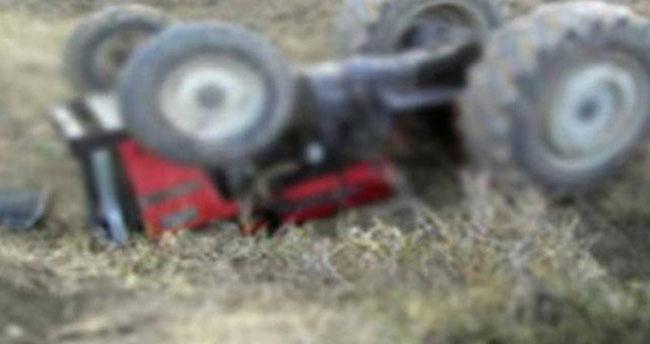Karaman'da devrilen traktörün altında kalan çocuk öldü
