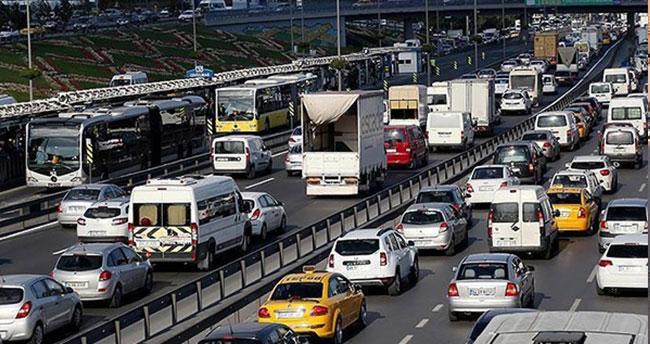 Yeni araba alacak herkesi ilgilendiriyor! Trafik Sigortası'nda önemli değişiklik…