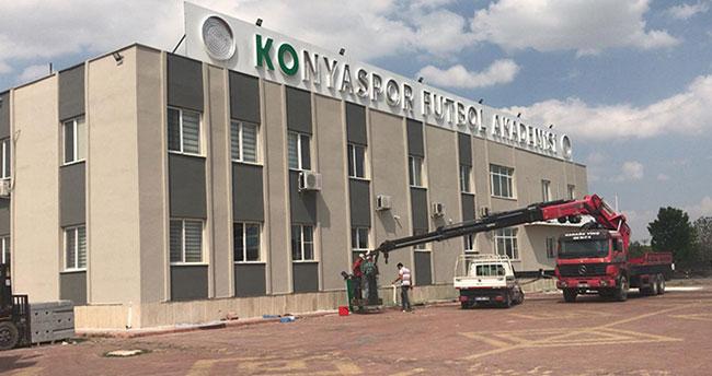 Konyaspor'dan Karatay Belediye Başkanı Hasan Kılca'ya teşekkür