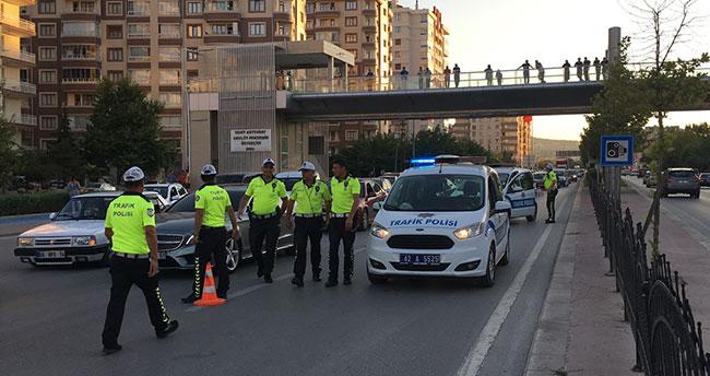 Konya'da aynı bölgede yarım saatte 3 zincirleme trafik kazası: 2 yaralı!