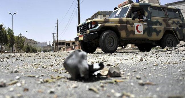 Aden'de askeri geçit töreninde çifte saldırı: 25 ölü