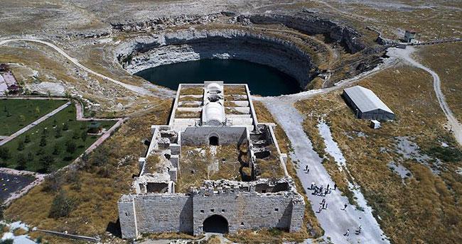 Konya'nın önemli değerlerinden Obruk Gölü korunacak!