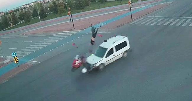 Korkunç görüntüler! Konya'da kaza anları şehir polis kamerasında