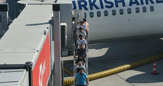 Nijerya'da serbest bırakılan denizciler Türkiye'de