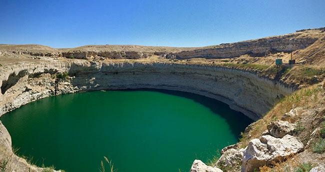 Konya'daki tarihi han ve obruk gölü turizmin gözdesi olacak