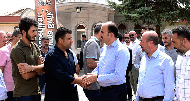 Konya Büyükşehir Belediye Başkanı Altay, Zafer Sanayii'nde esnafla buluştu