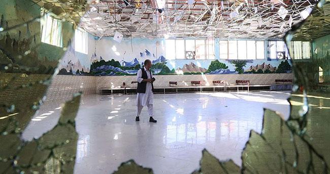 Afganistan'da düğün salonundaki patlamada 63 kişi hayatını kaybetti