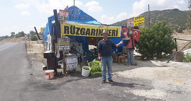 Yıkım kararından vazgeçilmesi Konya'da yol kenarındaki bal satıcılarını rahatlattı