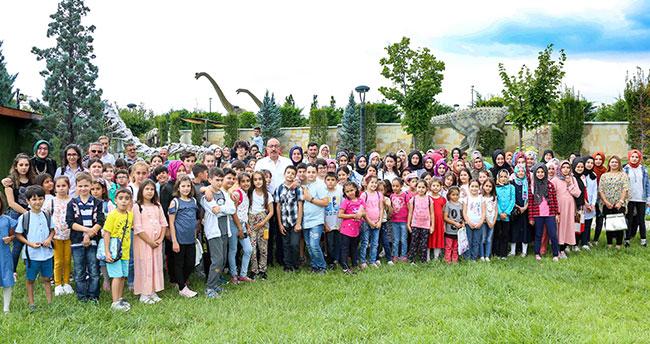 Meram Yaz Kursu öğrencileri Bilim Merkezi Ve 80 binde Devr-i Alem Parkını gezdiler