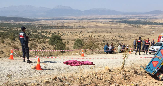 Konya'da traktör devrildi: 1 ölü