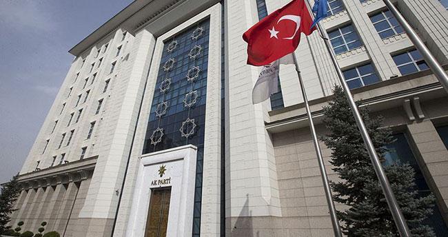 AK Parti'den Davutoğlu ve 3 isme ihraç talebi