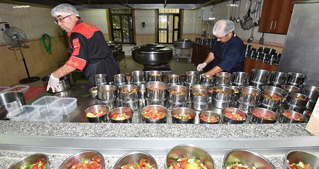 Karatay Belediyesi'nden 90 bin vatandaşa aşevi hizmeti