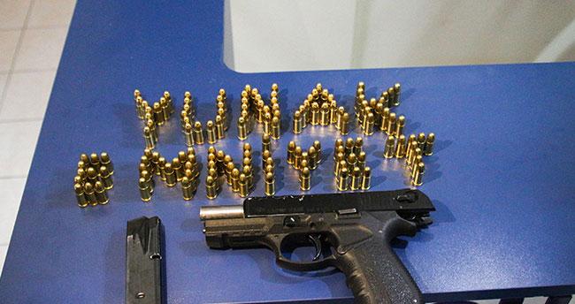 Konya'da polis uygulamasında silah ve mermi ele geçirildi