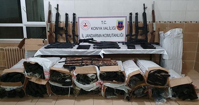 Yer: Konya! Kargo aracında kaçak 340 av tüfeği ele geçirildi