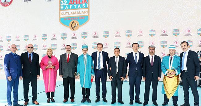"""""""Yılın Türkiye Çırağı"""" Konya'dan"""