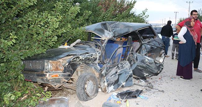 Konya'da kazada yaralanan 3 yaşındaki çocuk hayatını kaybetti