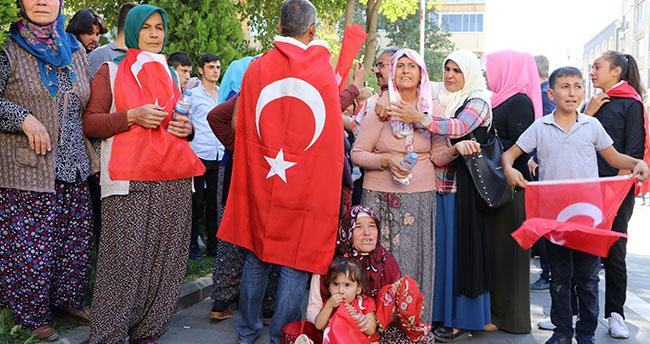 Konya'da toprağa verilen şehit teğmenin cenazesi için Kahramanmaraş'ta feryat ettiler