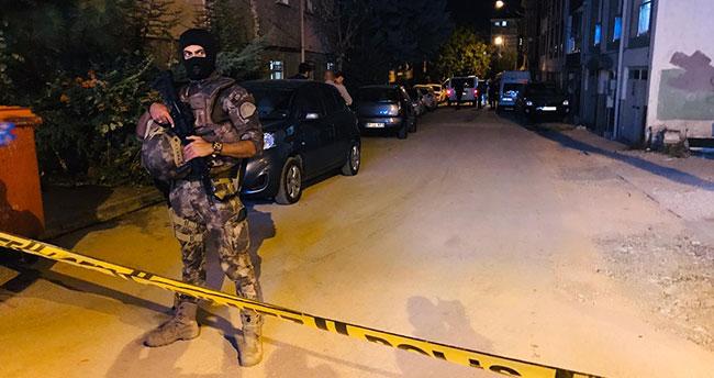 Adana'da polis aracına saldırı düzenleyen teröristler öldürüldü