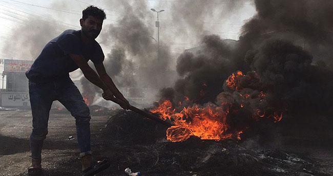 Irak'taki hükümet karşıtı gösterilerde 12 ölü!