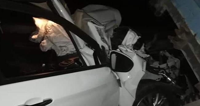 Konya'da otomobil traktöre çarptı: 3 yaralı!