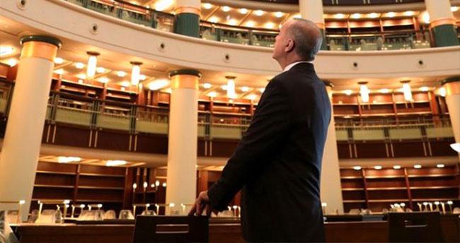 Cumhurbaşkanlığı Kütüphanesi'ni inceleyen Erdoğan: Çok yakında milletimizin hizmetinde olacak