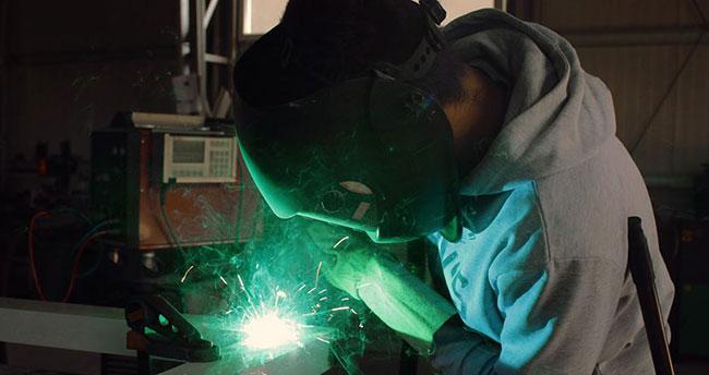 Yeni yatırımlar için 3 özel endüstri bölgesi daha geliyor