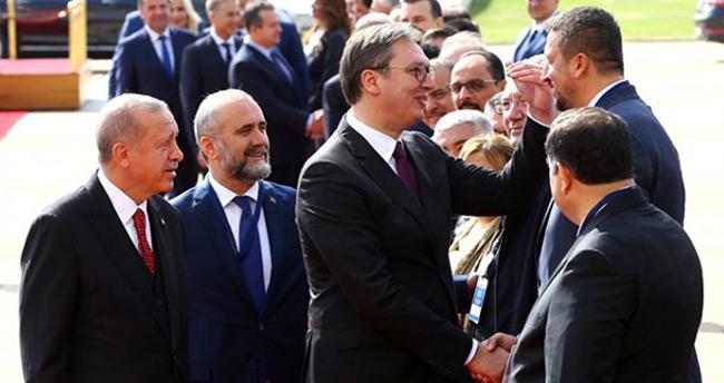 Sırbistan Cumhurbaşkanı, Hidayet Türkoğlu ile boy ölçüştü