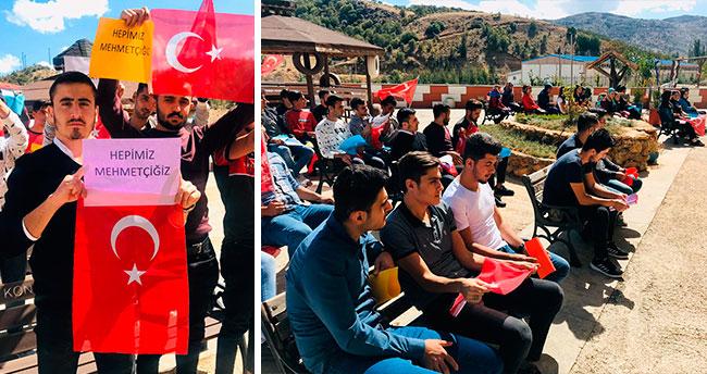 KYK'da kalan öğrencilerden Mehmetçik'e dua