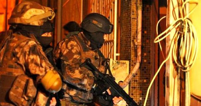Bursa'da 20 milyon dolarlık vurgun yapan dolandırıcı çetesi çökertildi