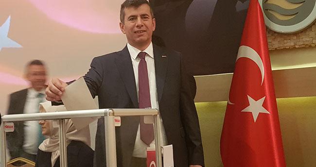 TÜRSAB Konya'da Özdal Karahan güven tazeledi