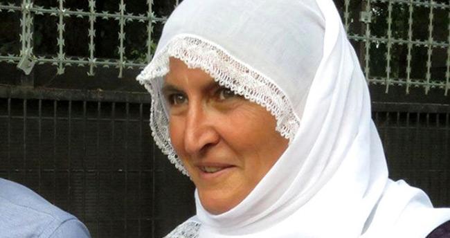 Diyarbakır annelerinin sembol ismi Hacire anne terör örgütünün elinden kurtardığı oğlunu evlendirdi