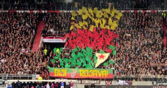 Barış Pınarı'na destek veren ve kadro dışı kalan Enver Cenk Şahin'in takımı St. Pauli'nin maçında terör örgütüne destek