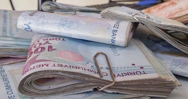 Meslek liselilere 2 bin 900 lira burs