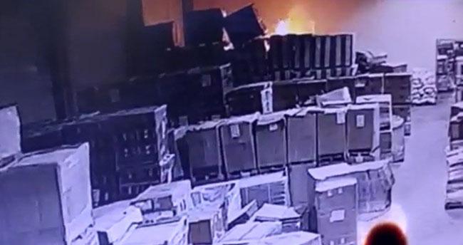 12 saatte söndürülmüştü! Konya'daki fabrika yangının çıkış anı güvenlik kamerasında