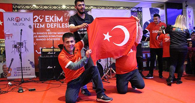 Samsun'da 29 Ekim Otizm Defilesi